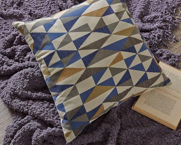 Подушка декоративна Daray
