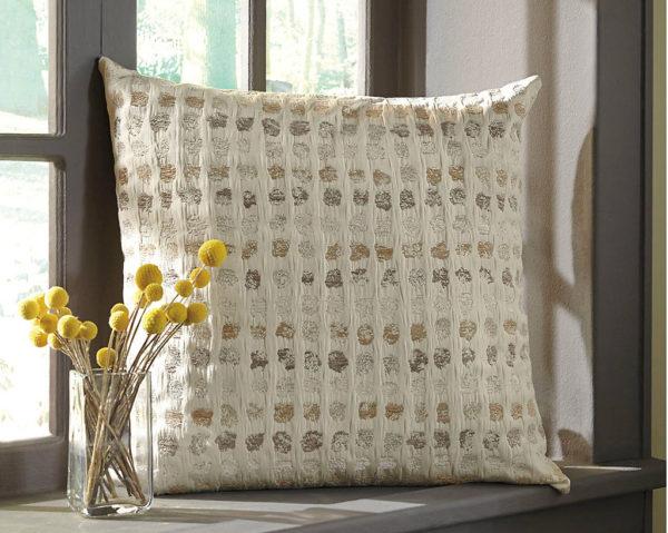 Подушка декоративна Whitehurst