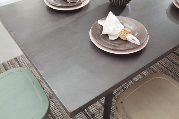 Стіл обідній Minnona